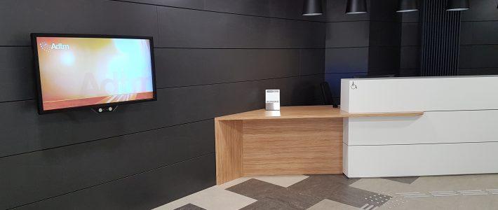 Ecran tactile adapté PMR – Mairie d'Auxerre