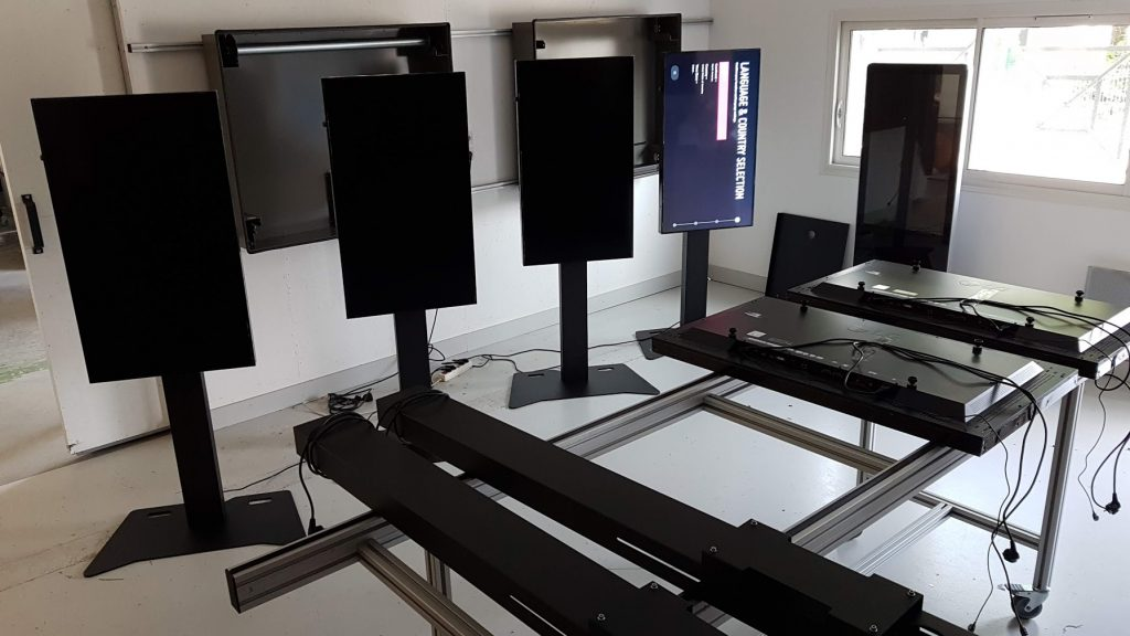 fabrication-adtm-atelier-ecran-vitrine